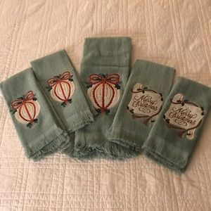 Other - Set of FIVE Green Bathroom Christmas Towels